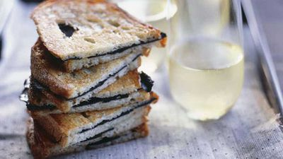 <strong>Toasted truffle sandwiches</strong>