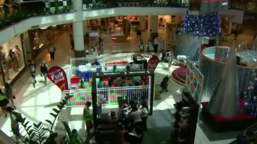 Shoppers will be able to shop all day and night, if retailers get on board. (9NEWS)