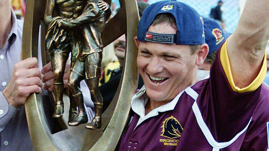 Bennett with Walters after winning the 2000 NRL grand final