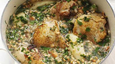 "<a href=""http://kitchen.nine.com.au/2016/05/17/16/41/spanish-chicken-casserole"" target=""_top"">Spanish chicken casserole</a>"