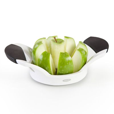 "Apple slicer, $9.99, <a href=""https://www.amazon.com/OXO-Grips-Apple-Corer-Divider/dp/B00004OCKT/"" target=""_blank"">Amazon</a>"
