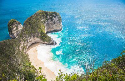 1. Kelingking Beach, Nusa Penida, Bali - 4227 pictures per metre