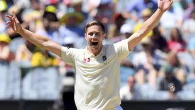 Chris Woakes - 3