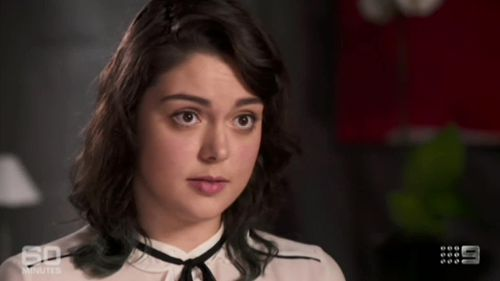 Emma Parkinson recalled details of her amazing survival on the night of the Paris attacks despite being shot. (60 Minutes)