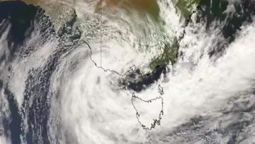Developing weather system bringing heavy rainfall and damaging winds to Victoria and Tasmania. September 9, 2020.
