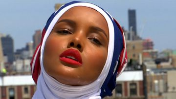 World's only hijab-wearing supermodel defends garment