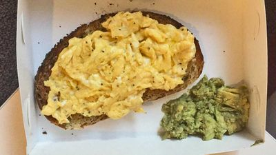 Journalist's disappointing $12 avocado toast order