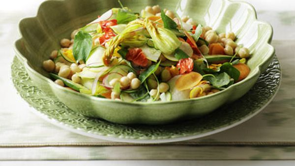 Chickpea and summer vegetable salad