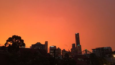 """""""6.27pm in Brisbane. didn't expect the apocalypse would be so goddamn beautiful #bnestorm"""". (Twitter/@VinceRugari)"""