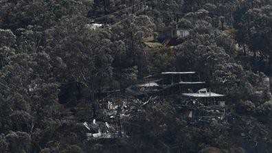 Victorian residents are now returning home to fire zones in Wye River and Separation Creek where more than 100 properties were lost. (AAP)