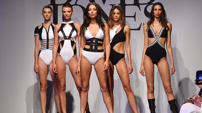 "The David Jones Spring/Summer 2015 fashion show took place last night with some edgy and eye-catching designs gracing the catwalk, with star guests like international model Gigi Hadid front row at the show in Sydney.<br _tmplitem=""1""><br _tmplitem=""1"">Model Jessica Gomes led the runway, wearing a design by Jets. (AAP)"