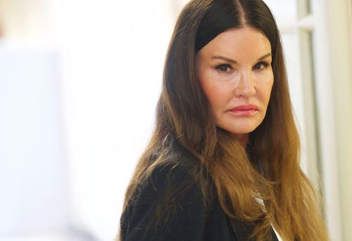 Model Janice Dickinson has told a US jury that Bill Cosby raped her in 1982. (AAP)