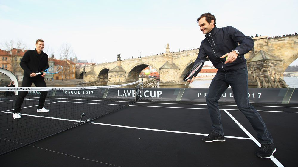 Federer uses barge to promote Laver Cup