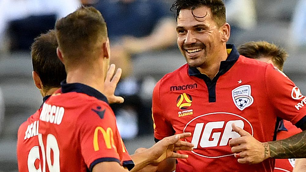 A-League: Adelaide United defeat Melbourne Victory with nine men