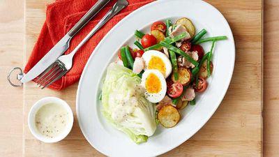 <strong>Light nicoise salad</strong>