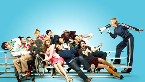 Glee producers plan to fire the entire original cast soon