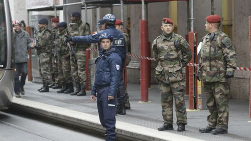 Man quizzed after three French soldiers stabbed in daylight attack