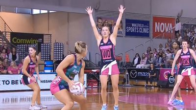 Melbourne Vixens extend Adelaide Thunderbirds' Super Netball misery