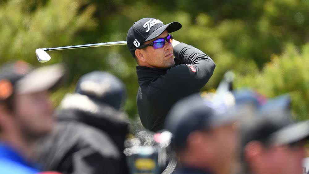 Scott, Leishman five back at World Cup