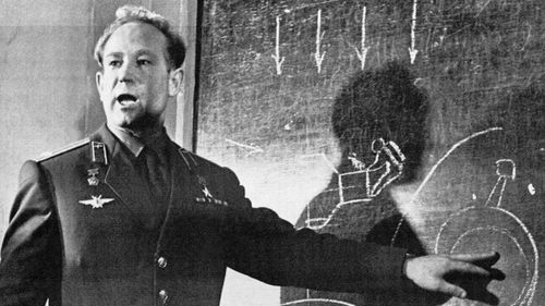 Alexei Leonov 'left a truly legendary mark in the history of space exploration'.