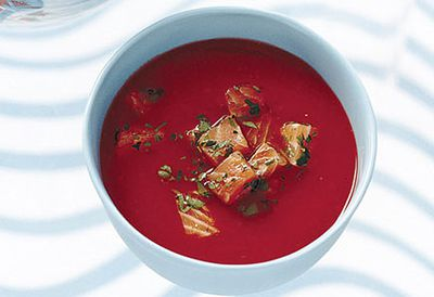 Chilled tomato and capsicum soup