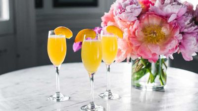 "<a href=""http://kitchen.nine.com.au/2016/12/16/12/24/summer-peach-bellini"" target=""_top"">Summer peach bellini</a>"
