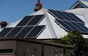 Solar panel installer banned in Victoria following dodgy installations