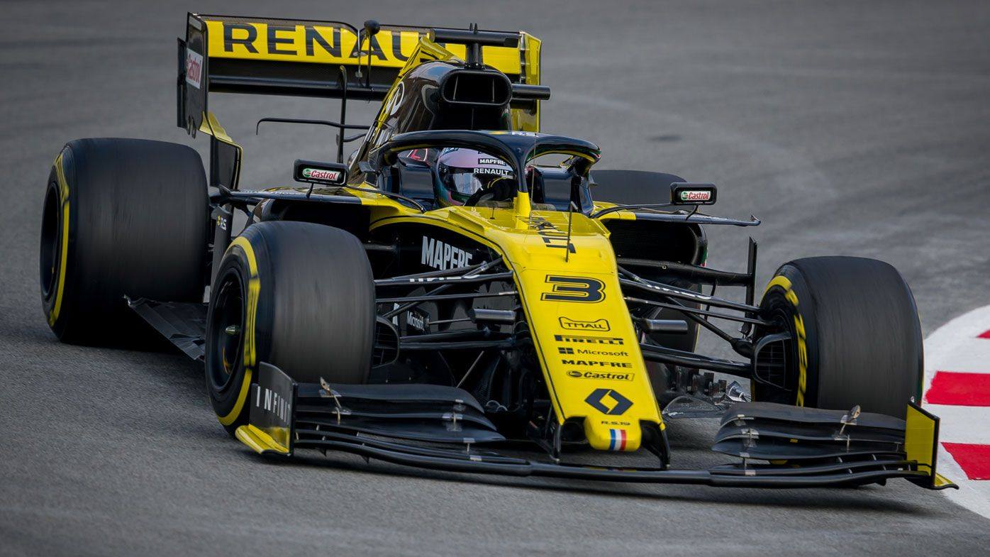 F1 Testing Day 2 Results Daniel Ricciardo Renault Comments Rear Wing Flies Off Car Wave To Red Bull