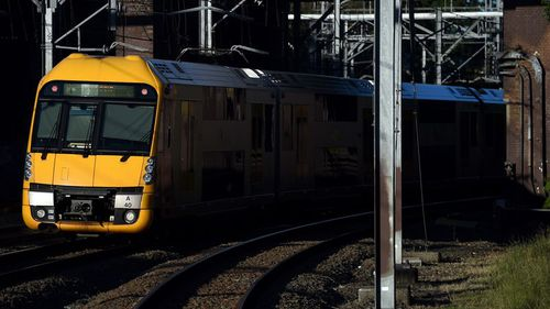 Services will be slashes from 2900 to 1600 tomorrow. (9NEWS)