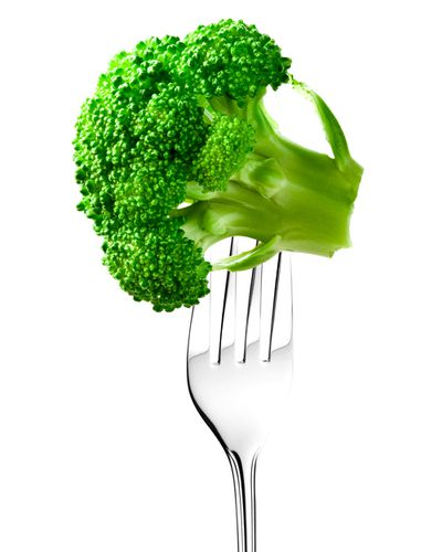 Iron sources: Red meat, green vegetables, vitamin C