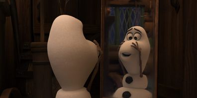 Follow Olaf on an adventure through the snow as he explored his first moments as a living, breathing snowman.