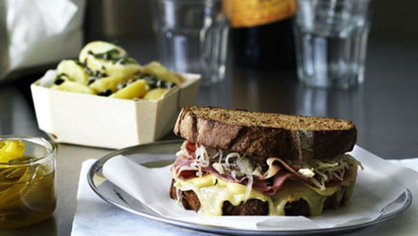 New York deli Reuben