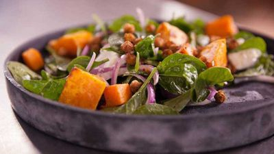 "Recipe:&nbsp;<a href=""http://kitchen.nine.com.au/2017/09/28/15/00/spiced-chickpea-pumpkin-and-spinach-salad"" target=""_top"">Spiced chickpea, pumpkin and spinach salad</a>"