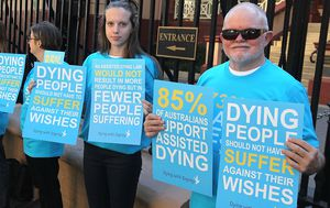Queensland government advised to legalise voluntary euthanasia after report finds most Queenslanders are in favour