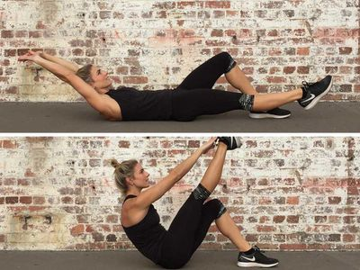 <p>Circuit 2: Leg-support V-snaps, 15 reps each side</p>