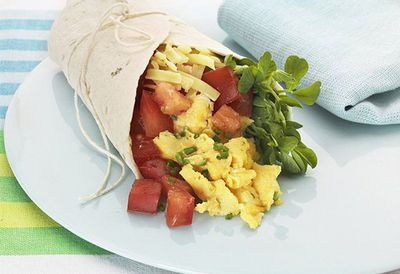 "<a href=""http://kitchen.nine.com.au/2016/05/05/14/41/breakfast-burrito"" target=""_top"">Breakfast burrito</a>"