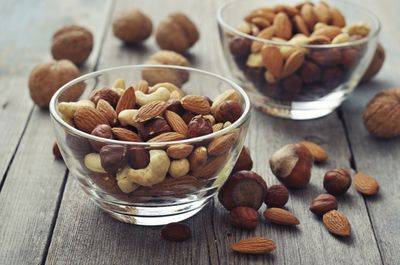 <strong>Unsalted mixed nuts</strong>
