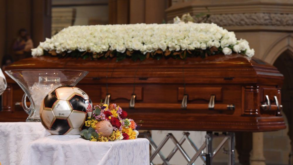 Australian football great Les Murray farewelled at state funeral in Sydney