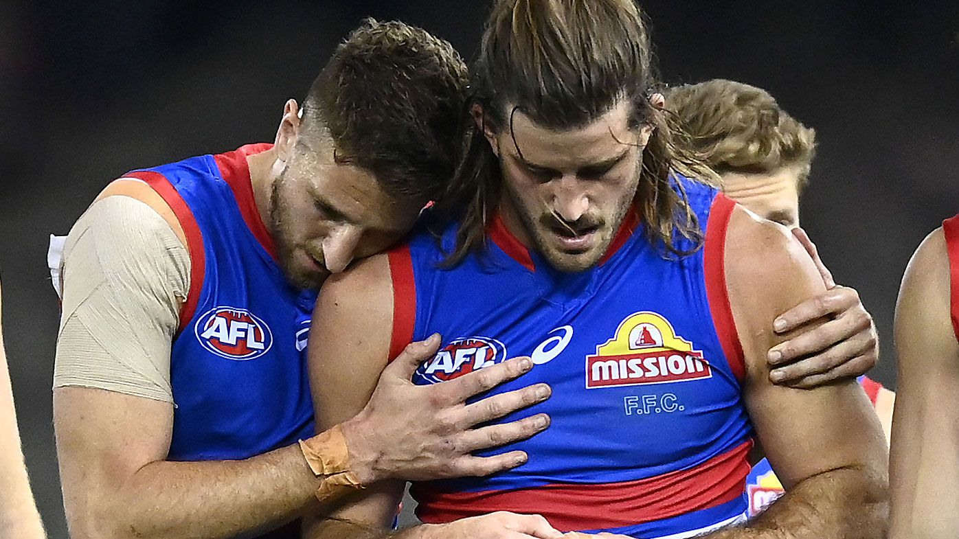 Josh Bruce suffers suspected ACL tear in nightmare outing for Bulldogs against Bombers