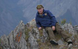 Vladimir Putin strikes birthday pose in Siberia