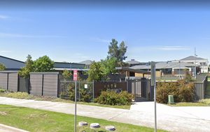 Sydney childcare centre, high school, medical clinic put on alert as NSW records just one new locally acquired coronavirus case