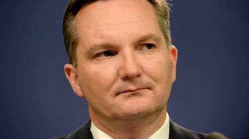 Labor backs down on support for $3b tax cut