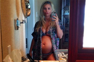 Pout? Check. Tousled bed-head? Check. If it weren't for the burgeoning tummy, this might just be another one of Jessica Simpson's favoured mirror selfies.<br/><br/>Image: Instagram @jessicasimpson