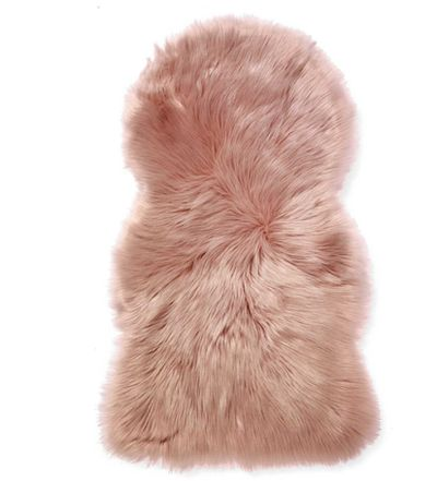<strong>Fur is in</strong>