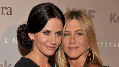 10 times Jen and Courteney ruled the red carpet together