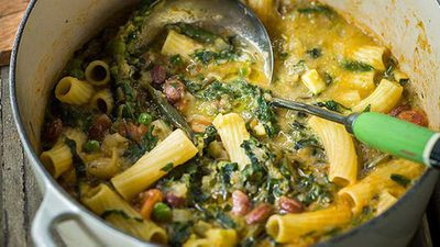 "Recipe: <a href=""https://kitchen.nine.com.au/2016/05/05/13/41/ten-vegetable-minestrone"" target=""_top"" draggable=""false"">Ten vegetable minestrone</a>"