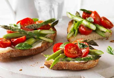 """Recipe:<a href=""""http://kitchen.nine.com.au/2016/05/04/15/27/weight-watchers-breakfast-bruschetta"""" target=""""_top"""">Weight watchers' breakfast bruschetta</a>"""