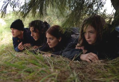 Lincoln Lewis, Deniz Akdeniz, Caitlin Stasey, Ashleigh Cummings, Tomorrow, When the War Began
