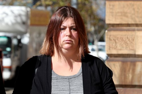 Jennifer Kennison leaves the Supreme Court in Adelaide today. (AAP)