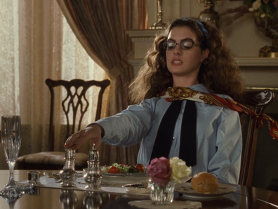Royal etiquette lessons in The Princess Diaries